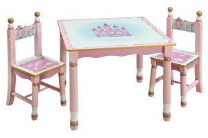 girls table and chair g